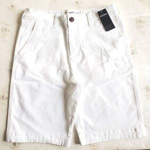 Abercrombie Kids classic shorts white size 15/16